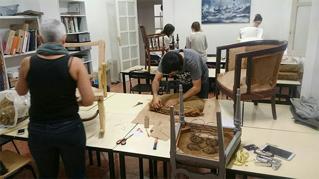 Escuela de restauraci n en valencia gaia - Tecnicas de restauracion de muebles ...
